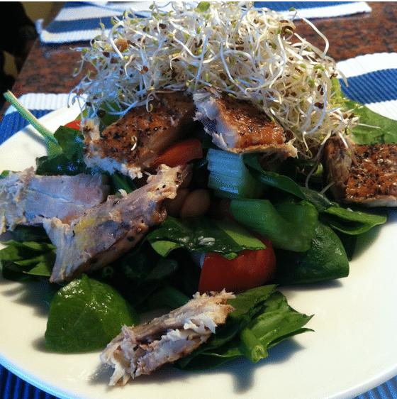 Salat mit Räuchermakrelen