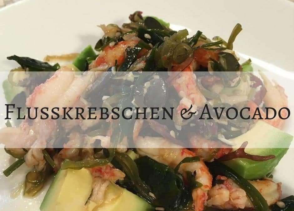Flusskrebschen mit Avocado