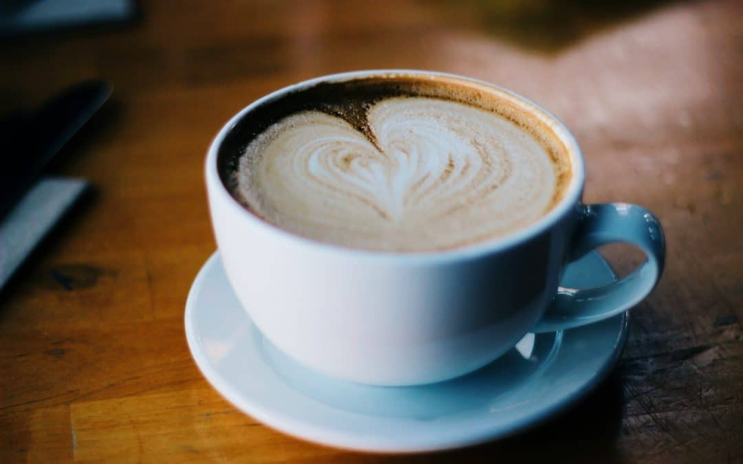 high performance kaffee bulletproof coffee butterkaffee rezept video paleo low carb. Black Bedroom Furniture Sets. Home Design Ideas